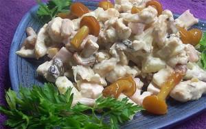 салат грибной из маринованных грибов