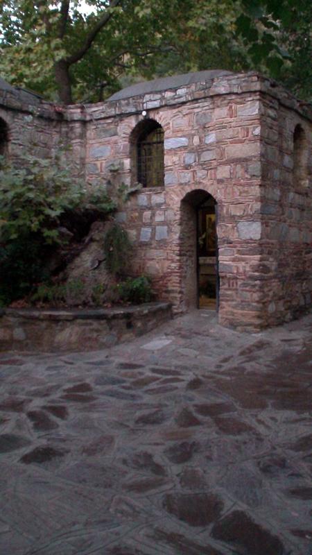 Дом-Богородицы-в-Эфесе-1
