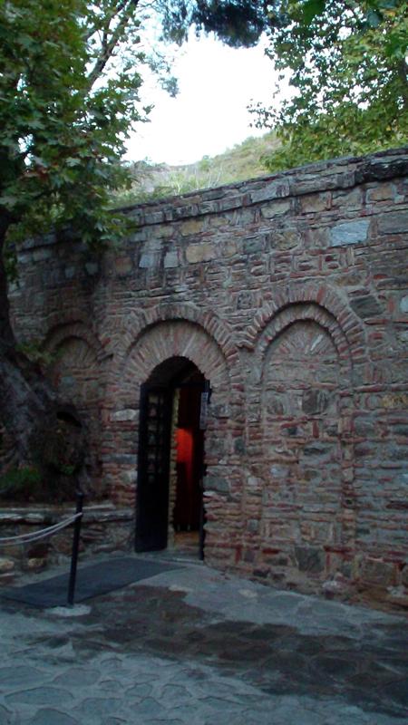 Дом-Богородицы-в-Эфесе-4