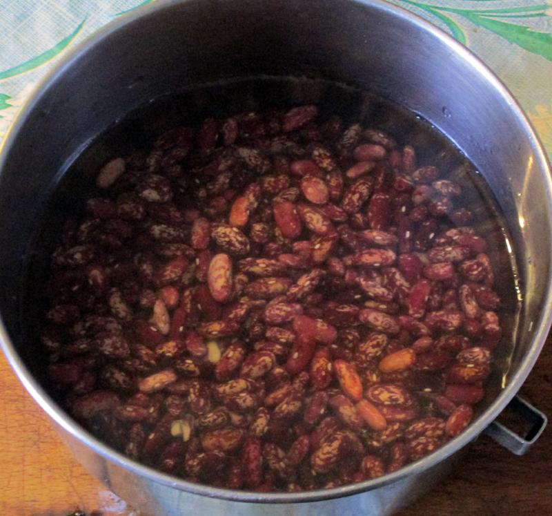 Фасолевый-суп-замачиваем-фа
