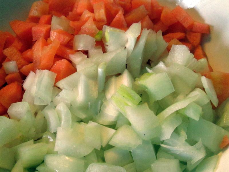 овощной суп - нарезаем овощи