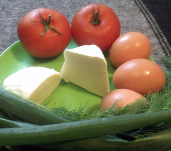 Яичница с помидорами_ингредиенты
