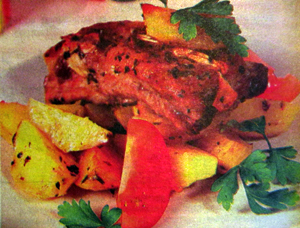 свиные рёбрышки с картофелем.