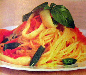 спагетти с кальмарами.