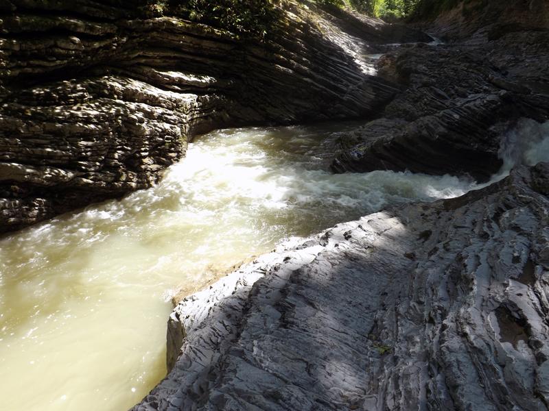 водопады-адыгеи-3