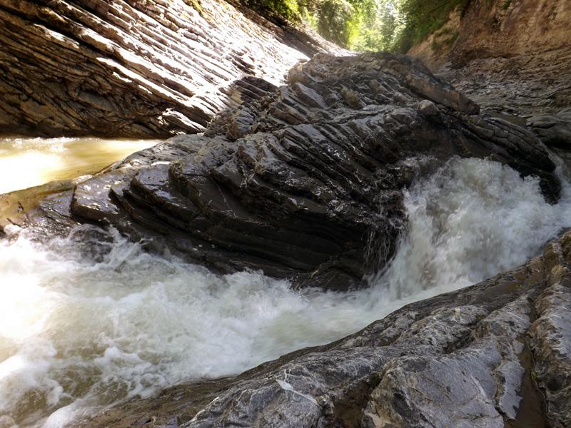 водопады-адыгеи-1