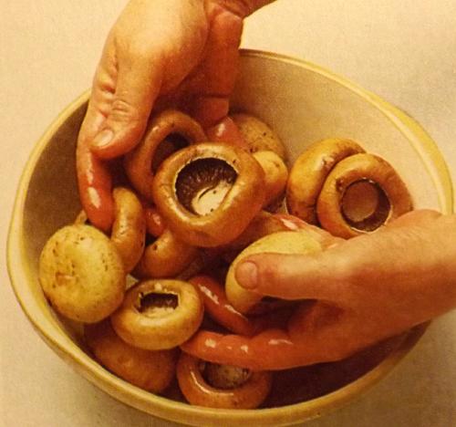 Фаршированные-грибы-1