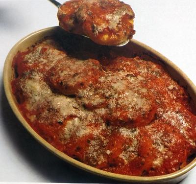 Полента с сыром и томатным соусом